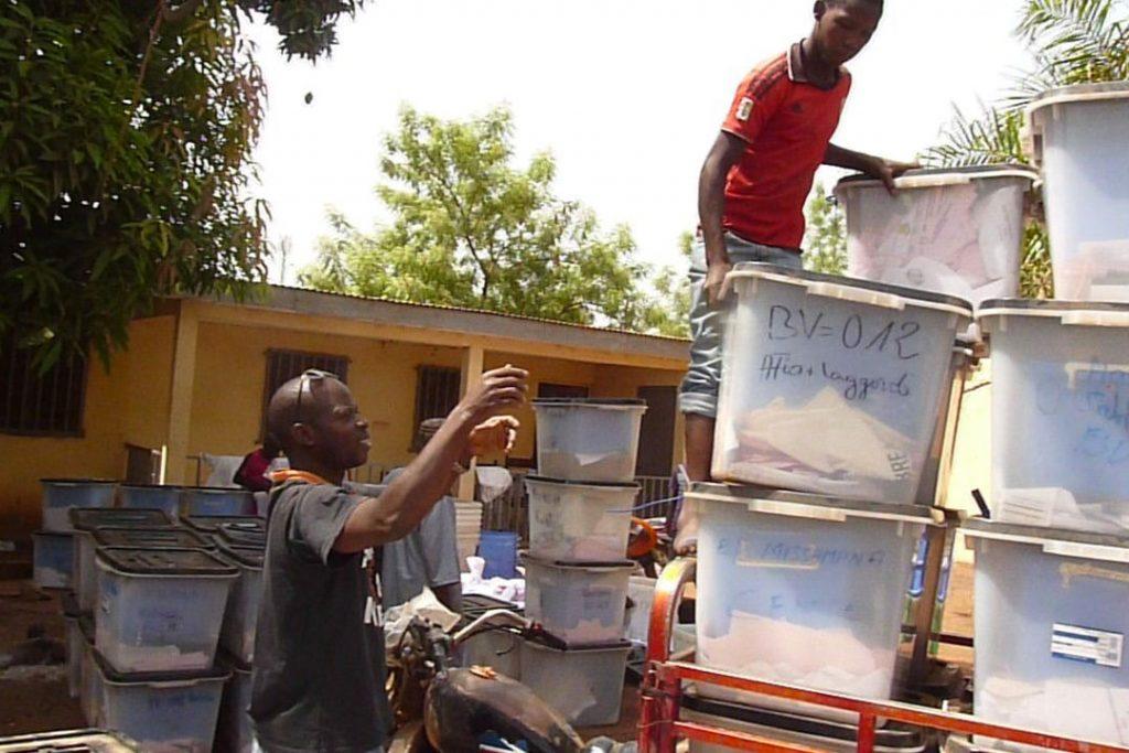 EC-UNDP JTF - Guinea: EU Funding Supports CENI Field Offices
